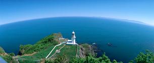 地球岬灯台の写真素材 [FYI03947633]