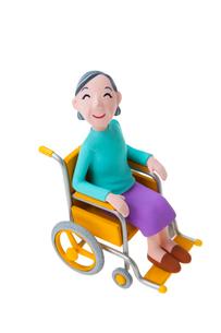 車椅子の女性の写真素材 [FYI03948439]