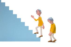 階段,登る,膝痛,初老女性の写真素材 [FYI03948450]