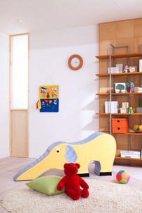 おもちゃのある部屋の写真素材 [FYI03948915]
