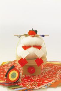 正月イメージ 鏡餅の写真素材 [FYI03950307]