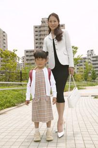 母と子の写真素材 [FYI03950531]