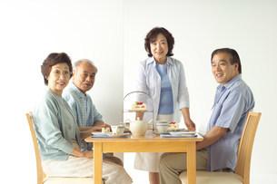 日本人の中高年の写真素材 [FYI03950903]