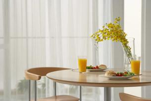 食卓の写真素材 [FYI03951259]