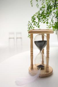 砂時計の写真素材 [FYI03952020]