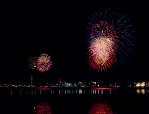 びわ湖花火大会の写真素材 [FYI03952565]