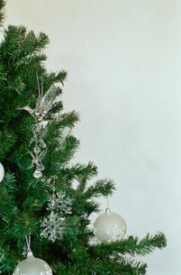 クリスマスツリー上部の写真素材 [FYI03954265]