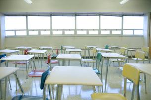 誰もいない教室の写真素材 [FYI03954360]