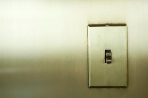照明スイッチの写真素材 [FYI03955332]