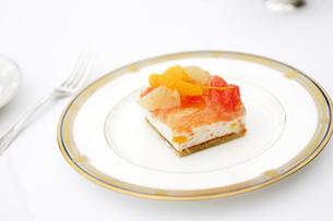 フルーツケーキの写真素材 [FYI03955748]