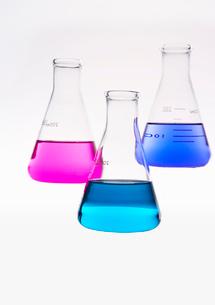 カラフルな色水の写真素材 [FYI03955880]