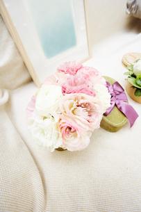 ボックスに入った花々の写真素材 [FYI03956182]
