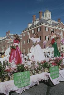 桜祭のパレードの写真素材 [FYI03956317]