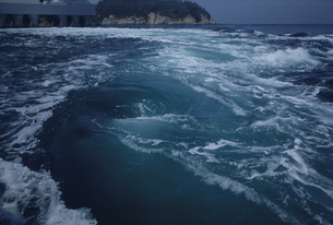 鳴門海峡うずしおの写真素材 [FYI03956490]