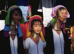 首長族(パダウン族)の女性の写真素材 [FYI03957461]
