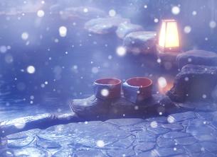 雪の露天風呂の写真素材 [FYI03957611]