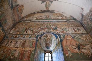 アルボーレ修道院内部のフレスコ画の写真素材 [FYI03957837]