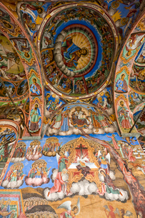 リラの僧院のフレスコ画 聖母誕生教会の写真素材 [FYI03957910]