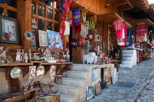 クルヤの土産物店の写真素材 [FYI03958018]