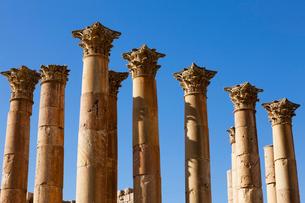 ジェラシュ遺跡 アルテミス神殿の写真素材 [FYI03958733]