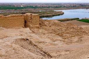 ドゥラ・エウロポス遺跡 ユーフラテス川の写真素材 [FYI03958766]