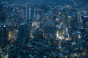 Nソウルタワーからの夜景の写真素材 [FYI03959665]