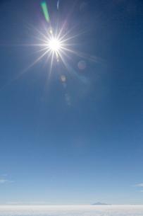 ウユニ塩湖の写真素材 [FYI03960201]