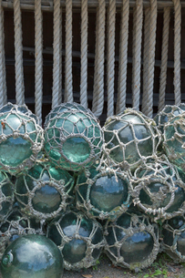 浮き球 もやいロープの写真素材 [FYI03960349]