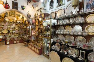 銅製品 土産物店の写真素材 [FYI03960584]