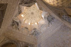 アルハンブラ宮殿 アベンセラヘスの間の写真素材 [FYI03961046]