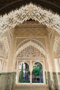 アルハンブラ宮殿 リンダラハのバルコニーの写真素材 [FYI03961050]