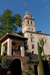 アルハンブラ宮殿 サンタ・マリア・アルハンブラ教会 の写真素材 [FYI03961099]