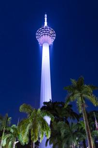 KLタワーの夜景の写真素材 [FYI03961476]
