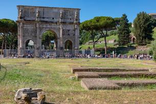 コンスタンティヌスの凱旋門の写真素材 [FYI03961487]