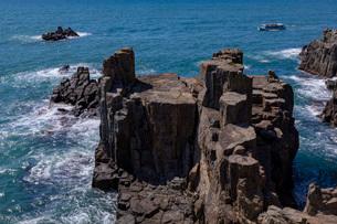 東尋坊 三段岩の写真素材 [FYI03961628]