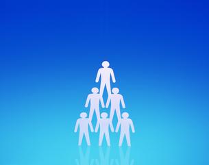 ピラミッド型に並んだ人の写真素材 [FYI03961653]