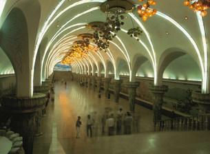 地下鉄の駅の写真素材 [FYI03961703]