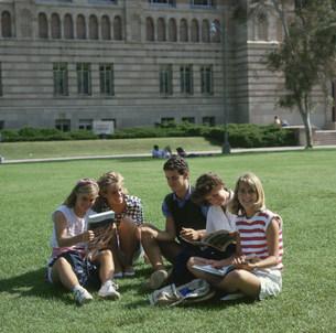 UCLAの学生の写真素材 [FYI03961777]