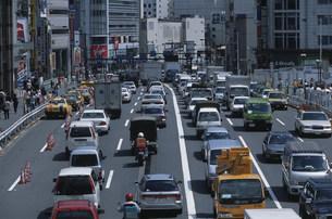 新宿南口の写真素材 [FYI03961957]