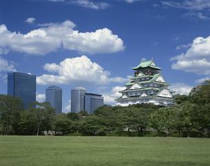 大阪城とOBP 中央区  9月の写真素材 [FYI03974252]