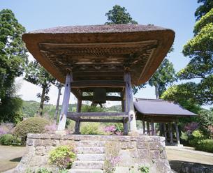 養老渓谷 水月寺の鐘の写真素材 [FYI03974608]