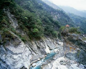 太魯閣峡谷 緑水の写真素材 [FYI03974633]