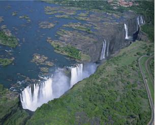 空からのビクトリアの滝の写真素材 [FYI03974741]