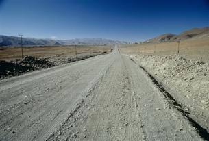 ギャンツェへの道の写真素材 [FYI03975211]