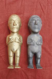 金銀の人体 クスコ大学博物館の写真素材 [FYI03975791]