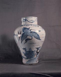 青革辰砂白石磁器 国立博物館蔵の写真素材 [FYI03975929]