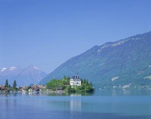 アイセルワルトの城 5月 スイスの写真素材 [FYI03977378]