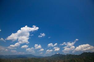 万里の長城の金山嶺長城から雲を望むの写真素材 [FYI03977854]