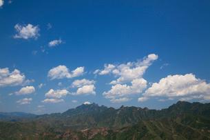 万里の長城の金山嶺長城から雲を望むの写真素材 [FYI03977858]