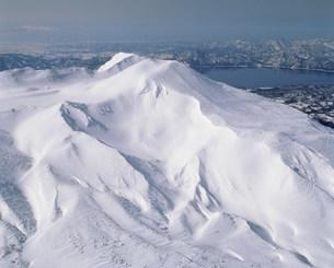 駒ヶ岳から田沢湖の写真素材 [FYI03977966]